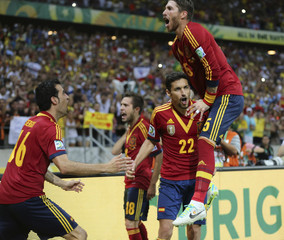 Spain's Navas celebrates after scoring the winning penalty goal against Italy's goalkeeper Gianluigi Buffon during the penalty shootout of their Confederations Cup semi-final soccer match at the Estadio Castelao in Fortaleza