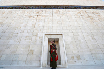 A Jordanian Bedouin honor guard stands guard after the ceremony of reopening the Martyrs' Memorial and Museum in Amman