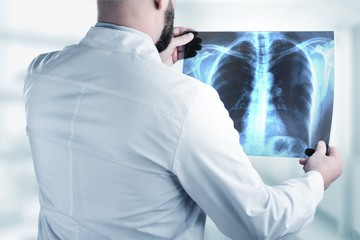 Doctor looking xray.