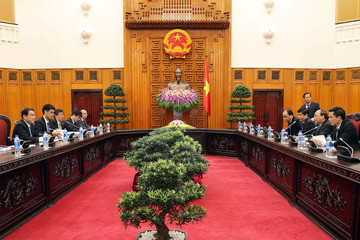 Japan's Foreign Minister Fumio Kishida meets with Vietnam's Prime Minister Nguyen Xuan Phuc  at the Government Office in Hanoi
