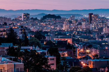 A cityscape at sunset of San Francisco, Use.