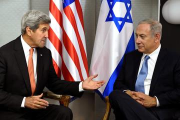 U.S. Secretary of State John Kerry meets with Israeli Prime Minister Benjamin Netanyahu in Manhattan, New York