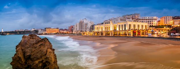 Plage de Biarritz, Pays-Basque, France Fototapete