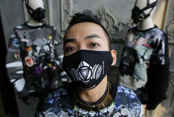 Wider Image: Beijing's Battle for Fresh Air