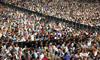 The faithful attend Pope Benedict XVI weekly audience in the Paul VI hall at the Vatican
