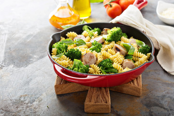 Pasta bake with sausage and broccoli
