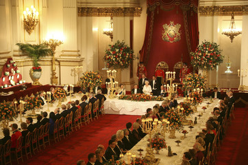 Britain's Queen Elizabeth makes a speech at a state banquet in honour of the President of Turkey, Abdullah Gul, in Buckingham Palace, in central London