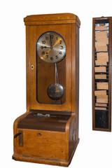 Alte Stempeluhr zur Zeiterfassung