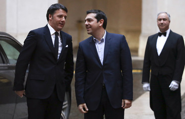 Matteo Renzi talks with Alexis Tsipras at Chigi palace in Rome