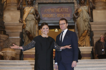 Crown Princess Victoria and her husband Prince Daniel of Sweden pose on the steps of the Opera Garnier during a one-day visit in Paris