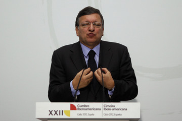 European Commission President Barroso gestures as he speaks during a news conference at the Ibero-American Summit in Cadiz