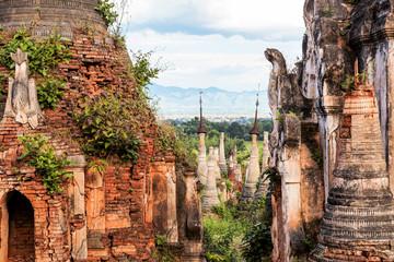 Myanmar - Ruinen von Indein