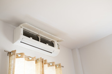 Opened cooling air conditioner household