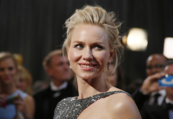 """Best Actress nominee Watts for """"The Impossible"""" arrives at the 85th Academy Awards in Hollywood"""