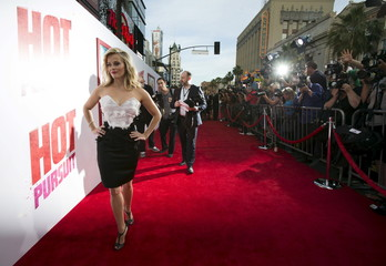 """Cast member Witherspoon arrives at the premiere of """"Hot Pursuit"""" in Hollywood"""