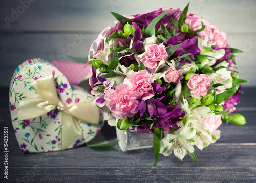 wedding bouquet carnation eustoma gift box in the form of heart background of old tree. Black Bedroom Furniture Sets. Home Design Ideas