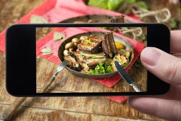 Pork ribs (Mobile photo)