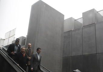 Israeli Defence Minister Barak and his German counterpart zu Guttenberg arrive for visit at Holocaust memorial in Berlin