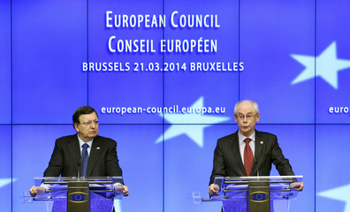 EU Commission President Barroso and EU Council President Van Rompuy address a joint news conference after a EU leaders summit in Brussels