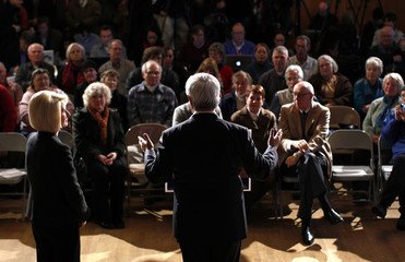 Republican presidential candidate and former U.S. Speaker of the House Gingrich speaks at a town hall meeting campaign stop in Littleton, New Hampshire