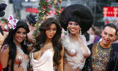 Guests arrive for the opening ceremony of the 22nd Life Ball in Vienna