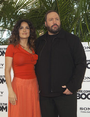 "Mexican actress Hayek and U.S. actor James pose during launch of film ""Here Comes the Boom"" in Cancun"