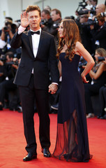 """U.S. actor Norton poses with his wife Robertson during the red carpet for the movie """"Birdman or (The unexpected virtue of ignorance)"""" at the 71st Venice Film Festival"""