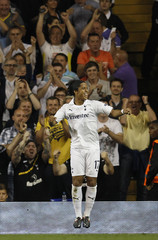 Tottenham Hotspur's Giovani dos Santos celebrates his goal against Shamrock Rovers during their Europa League Group A soccer match at White Hart Lane in London