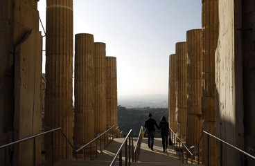 To match Feature GREECE-CRISIS/MONUMENTS