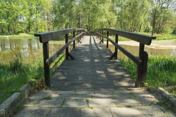 Drewniany mostek.