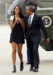 Obama departs Los Angeles