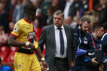 Crystal Palace manager Sam Allardyce at half time