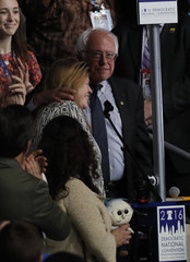 Former Democratic U.S. presidential candidate Bernie Sanders embraces his wife Jane at the Democratic National Convention in Philadelphia