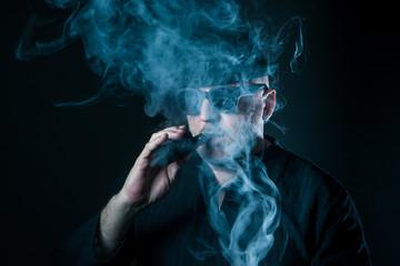 e-cigarette. Vape. Quit smoking.