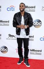 Singer Jason Derulo arrives at the 2014 Billboard Music Awards in Las Vegas