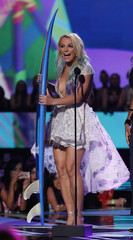 Britney Spears accepts the award for choice style icon during the 2015 Teen Choice Awards in Los Angeles
