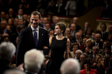 Spain's King Felipe and Queen Letizia arrive to the 2015 Princess of Asturias Awards ceremony at the Campoamor theatre in Oviedo