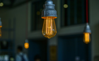 retro vintage light bulb