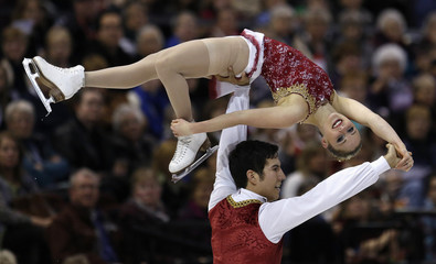 Lawrence and Swiegers perform in the pairs free program at the Canadian Figure Skating Championships in Ottawa