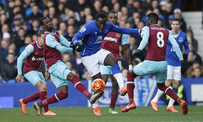 Everton v West Ham United - Barclays Premier League
