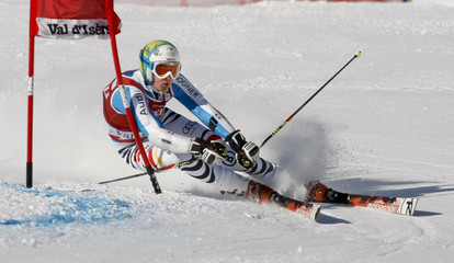 Luitz of Germany skis during the first leg in the Men's World Cup Slalom skiing race in Val d'Isere