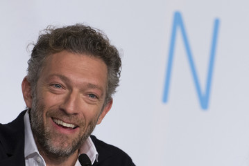 """Cast member Vincent Cassel reacts during a news conference for the film """"Mon roi"""" in competition at the 68th Cannes Film Festival in Cannes"""
