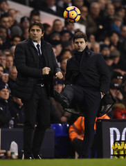Chelsea manager Antonio Conte and Tottenham manager Mauricio Pochettino