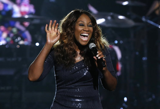 """Yolanda Adams performs """"Jesus Is Love"""" during Lionel Richie's lifetime achievement tribute at the 2014 BET Awards in Los Angeles"""