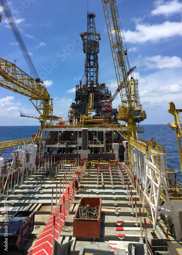 Offshore oil and gas production and exploration, tender rig work