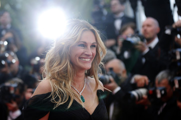 """Cast member Julia Roberts arrives for the screening of the film """"Money Monster"""" out of competition at the 69th Cannes Film Festival in Cannes"""