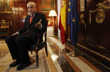 To match Interview SPAIN-ECONOMY