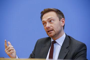 FDP chairman Lindner addresses the media in Berlin