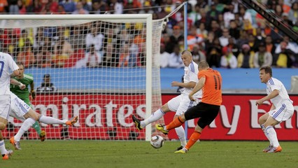 Netherlands' Robben shoots to score against Slovakia during their 2010 World Cup second round soccer match at Moses Mabhida stadium in Durban