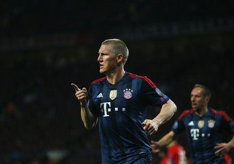 Bayern Munich's Schweinsteiger celebrates after scoring a goal against Manchester United during their Champions League quarter-final first leg soccer match at Old Trafford in Manchester